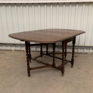 Antieke tafel uitklapbaar